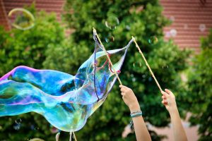 soap-bubbles-5125568_1920